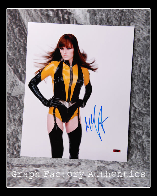 GFA Watchmen Movie Star * MALIN AKERMAN * Signed 11x14 Photo AD1 COA