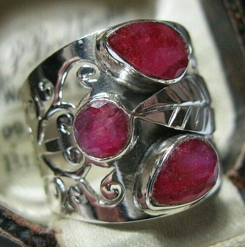 Beautiful Jewellery STERLING SILVER Real RUBY Gem Stone Modernist RING Size S 9