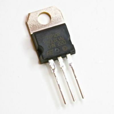 50pcs Tip102 Npn Silicon Power Darlingtons To-220
