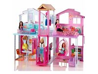 BNIB Barbie 3-Storey Townhouse RRP£120