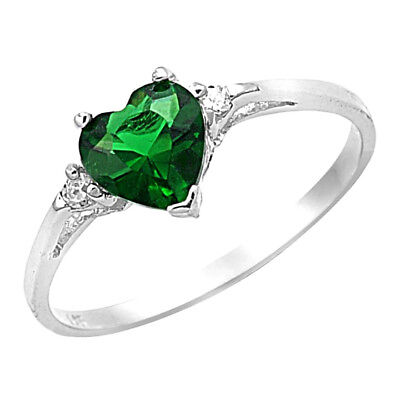 (Women's 925 Sterling Silver Heart Shape Emerald Green Color CZ Promise Ring)