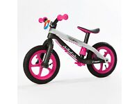 Girls pink chillafish balance bike