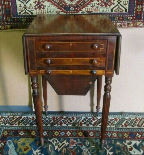 THOMAS SEYMOUR SCHOOL FEDERAL BOSTON SEWING STAND CIRCA 1810 FINE ANTIQUE
