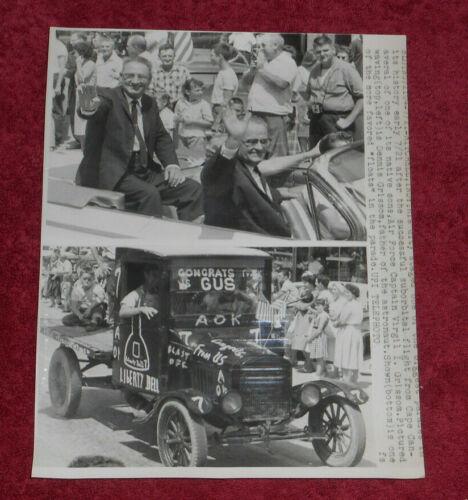 1961 Press Photo Mitchell Indiana Parade Celebrates Virgil Grissom Space Flight