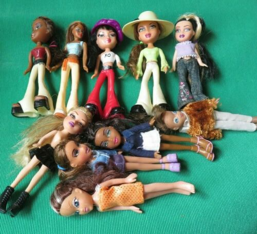 BRATZ  MINI DOLL LOT OF 10  MCDONALDS DIFFERENT UNIQUE DOLLS GREAT TRAVEL SIZE