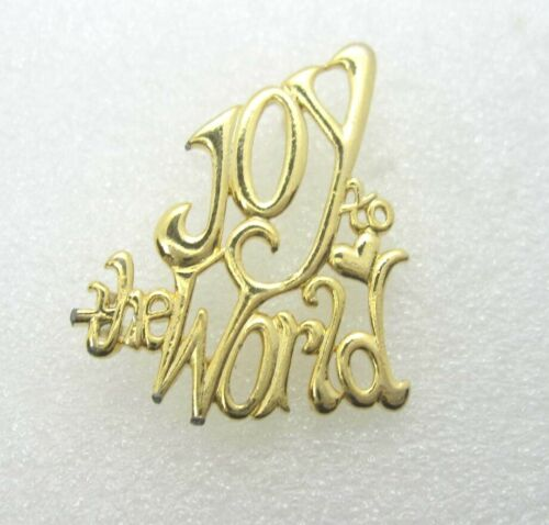 Joy to the World Christmas Lapel Pin (A828)