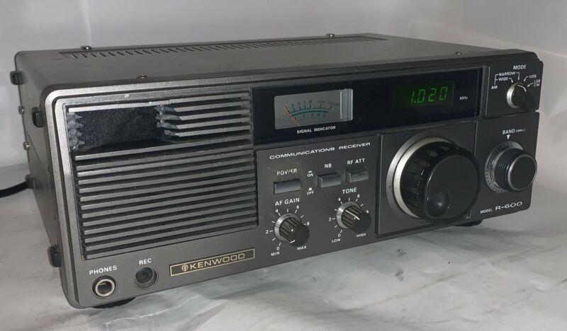 Kenwood R-600 Communications Receiver