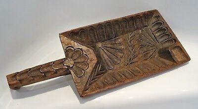 curieux objet en bois sculpté d'art populaire, occasion d'occasion  Expédié en Belgium
