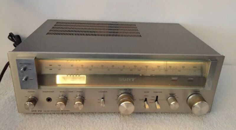 Vintage Sony STR-212 Stereo FM AM  Receiver Amplifier Tuner Made in Japan Read
