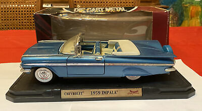 Road Signature - 1959 Chevy Impala Convertible 1:18 Scale Diecast Model Car Blue