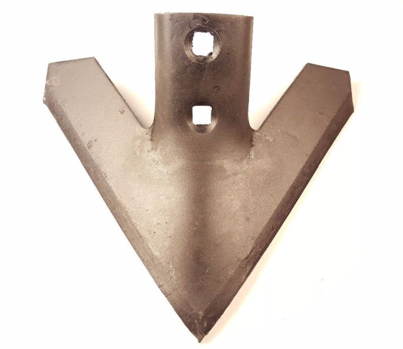 """Cultivator Point, 9"""" Row Crop Cultivator Sweep 47 degree 1-3/4 hole cntr 202-9-4"""