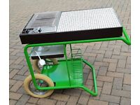 UNUSED (Like New) ELECTRIC BBQ WITH TILED SURFACE FOR PREPARATION
