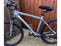 Giant XTC 4.5 Hyd Brakes/Rockshoxs Mountain Bike £190