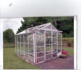 Greenhouse 10'6 x 8'6