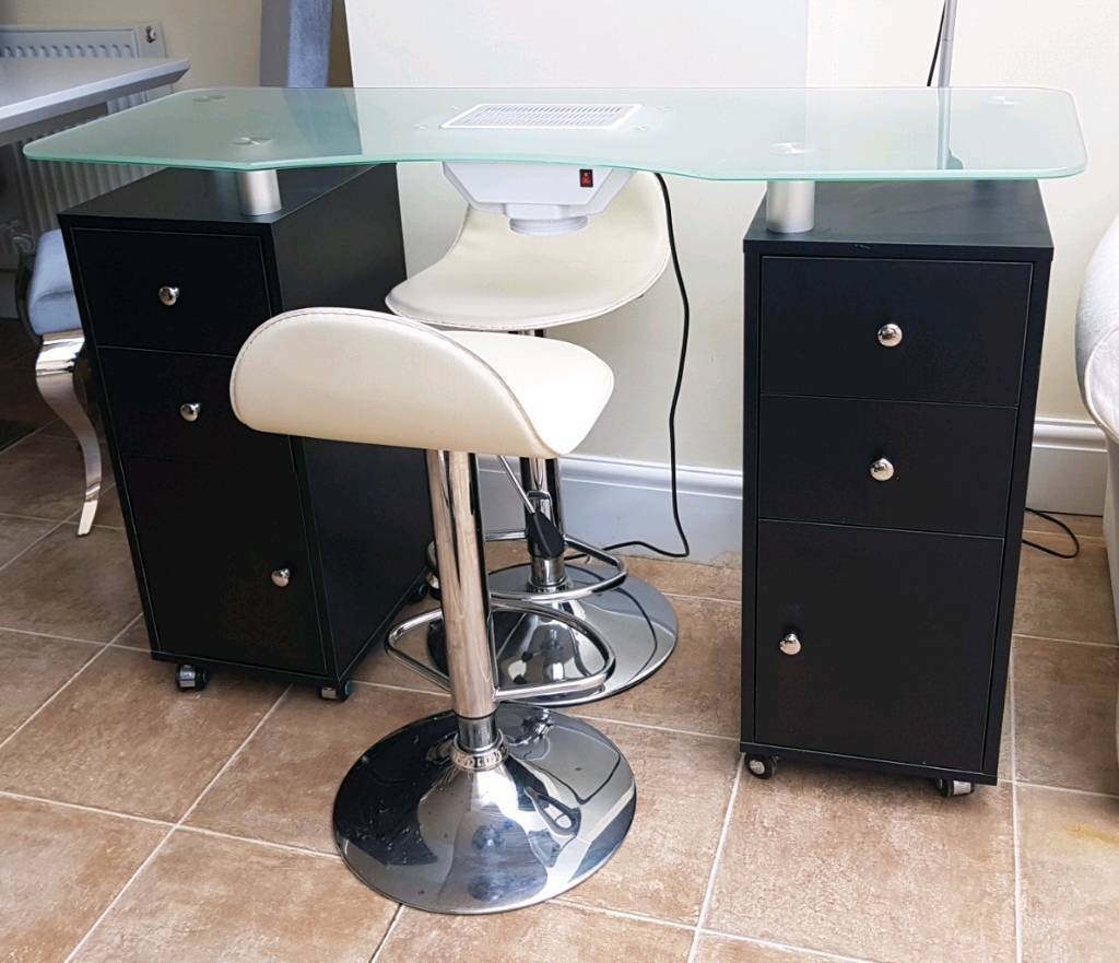 NAIL STATION WITH EXTRACTOR FAN & 2 CHAIRS | in Holmes Chapel ...