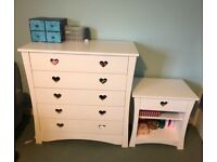 Girls 6-piece white bedroom furniture collection