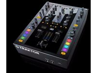 Native Instruments z2 Dj Mixer and Audio Interface plus a copy of the full Traktor Scratch Software