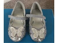 Tu girls silver glittery shoes. Size 6