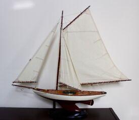 Bermudan Sloop 95 cm Wooden Model Boat