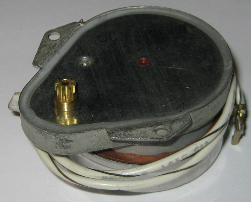 120 VAC Timer Motor - 5/6 RPM - 50 RPH - 60 Hz - 4.5 W - Synchronous Gear Motor