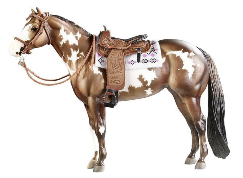 Breyer 1:9 Traditional Model Horse Accessory: Cimarron Western Pleasure Saddle