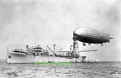 Средство для мытья USS Shenandoah Moored
