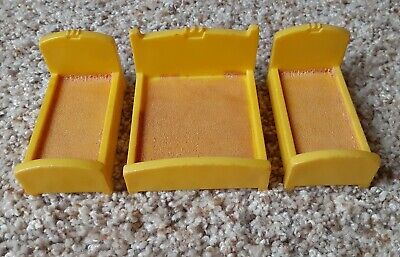 Vintage Fisher Price little people lot/3 castle yellow single/double beds