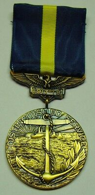 Type 1 Navy Distinguished Service Medal (DSM) 1 of only 200 made - Type Of Service
