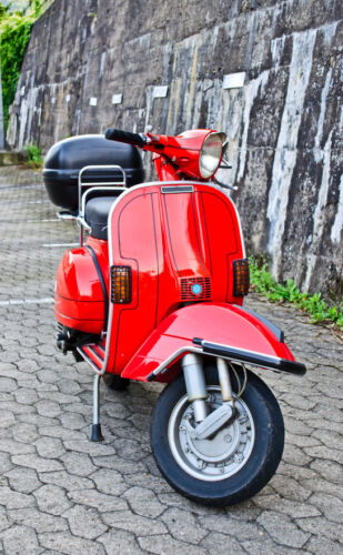 Your Definitive Guide to Buying Scooter Parts for Vespa and Piaggio Mopeds on eBay