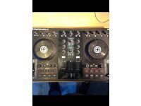 Traktor S2 Native Instrument Controller
