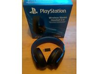 PlayStation Gold Wireless Stereo Headset (Mint Condition)