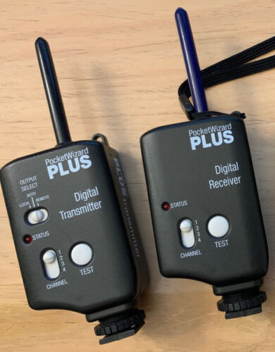 PocketWizard Plus wireless transmitter and receiver (1 pair): MINTY condition!