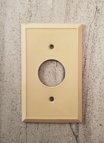 Vintage Telephone Single Mono Round Outlet Plate Beige