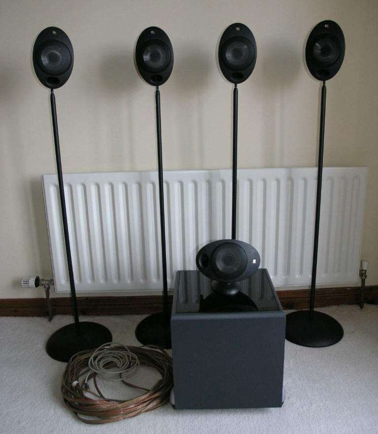 kef egg subwoofer. kef 5.1 system. kht2005 egg speakers + subwoofer stands cables kef