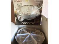 Arcoroc 8 piece punch bowl set
