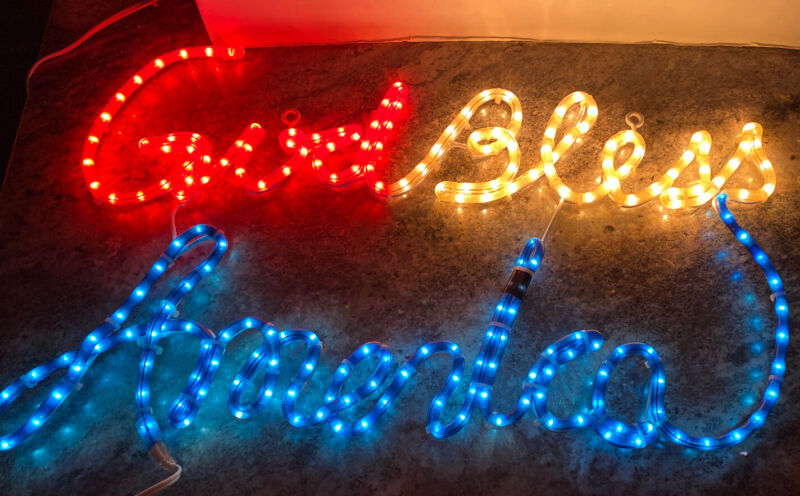 """Rare 28"""" God Bless America Patriotic LED Lighted Rope Light July 4th Decoration"""