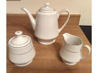Coffee/ tea pot milk jug sugar bowl with lid set