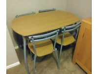 Space saving table and 4x chairs