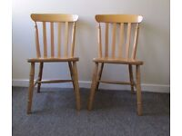Set of 2 chunky shiny wooden kitchen dining chairs in a good condition