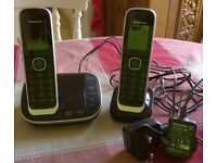 PANASONIC cordless DECT phone with answering machine - twin handsets
