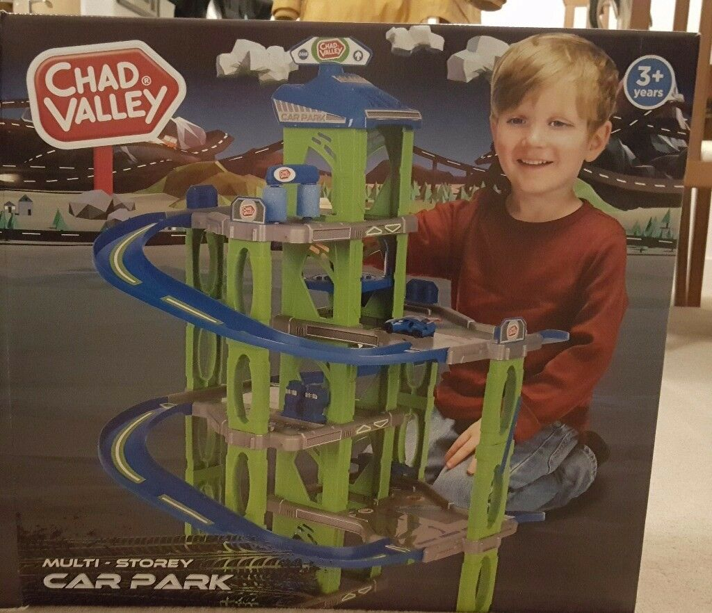 Lovely Christmas Present - Multi store car park in original box , RRP £29.99