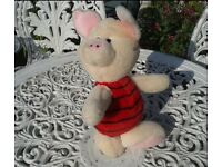 GORGEOUS PIGLET SOFT TOY. OTHER WINNIE THE POOH SOFT TOYS LISTED. NURSERY. BEDROOM. COLLECTABLE
