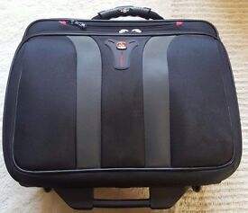 Swissgear Granada Rolling Case Nylon for Up to 17-Inch Notebooks Black