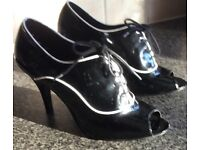 LADIES TV/CD 2 PAIRS OF SIZE 8 BLACK AND WHITE , LACE UP PEEP TOE, PEEP TOE SHOES BOTH STILETTO