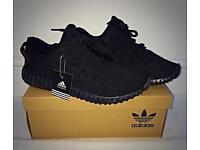 Adidas Yeezy Boost 350 - Triple black