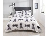 Pug design bedding sets! All you dog lovers get yours today!! bargain prices, 3 sizes!!!