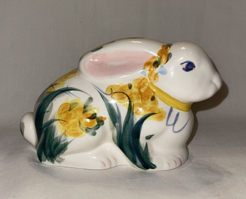 Rare Gail Pittman Floral Bunny Rabbit Hand Painted Signed 1995 Southern Living