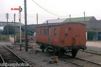 Old 6w van Tipperary 1986 Eire Rail Photo