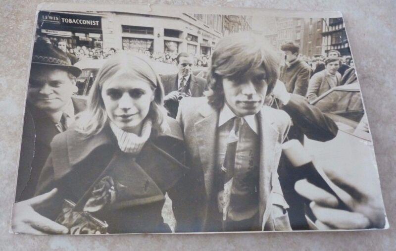1970 THE ROLLING STONES Mick Jagger Marianne Faithfull Vintage 8x11 Press Photo