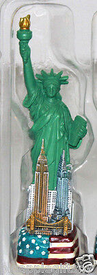 "4.5"" Statue of Liberty Figurine w.Flag Base and New York City SKYLines from NYC"